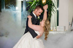 Adelaide-Wedding-Dance-couple-Melissa-&-Cameron-lovely-dip-move-4