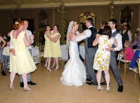 practice dance skills in group wedding dance classes in Adelaide