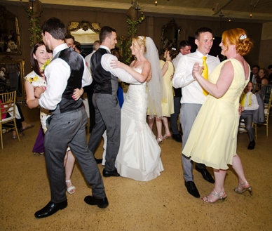 Victoria & Peter party dance R