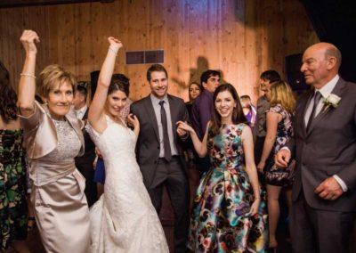 Bridal party wedding dance for fun